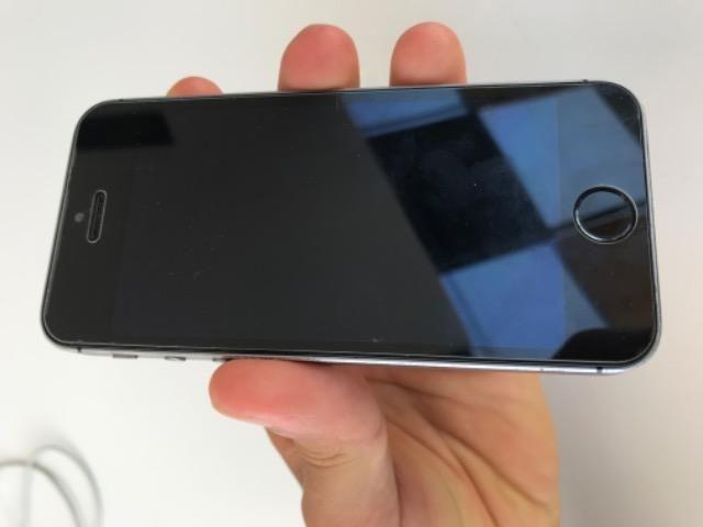 IPhone 5s prata/preto Funcionando - Foto 4