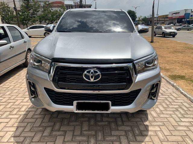 Toyota Hilux SRX 19/19