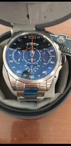 Relógio Tag Heuer Mercedes Benz SLS fundo preto a prova d'água