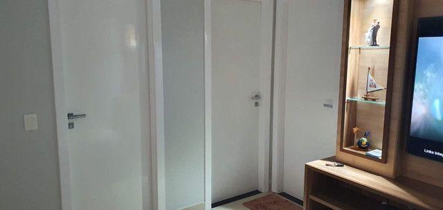 Apartamento Porto Seguro| Com 3 dormitórios | 5 andar e com 128m2 - Foto 19