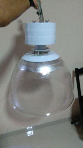 VENDO BARATO Luminária para galpão  - Foto 4