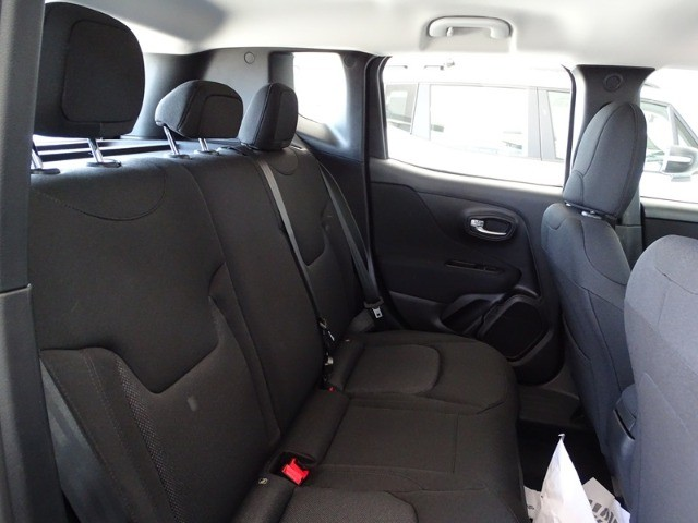 Jeep Renegade STD 1.8 Automático Flex 0Km - Foto 6