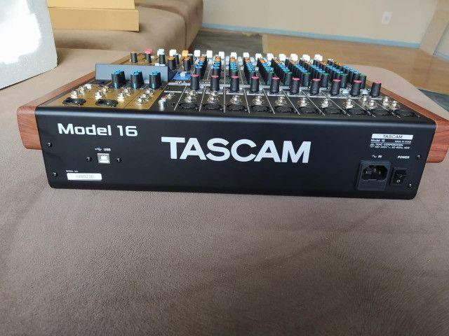 Tascam model 16 - Foto 4