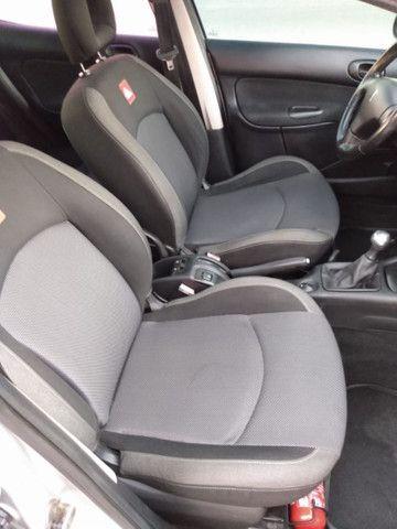 Peugeot 207 1.4 8v Quiksilver - Foto 12