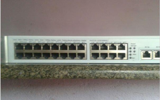 SWITCH 3COM SuperStack 3 4200 26 portas