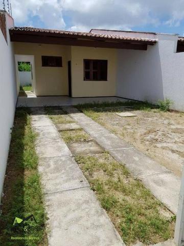 Casas com 2 quartos,com vizinhança familiar e tudo que você precisa próximo!!!