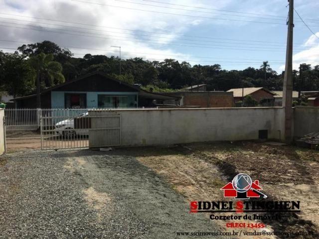 Casa na Praia, 02 dormitórios, laje, piso cerãmico e terreno todo murado - Foto 16