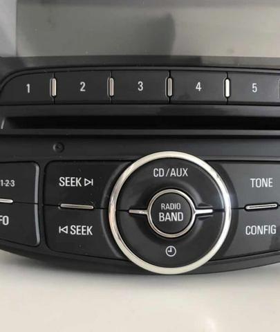 Som Automotivo Rádio Cd Mp3 Original Gm Sonic 2012 Novo