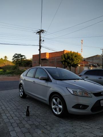 Ford Focus GLX 1.6 Hatch - Foto 2
