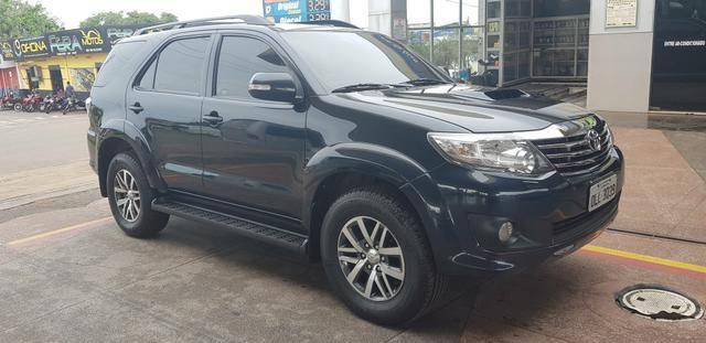 Toyota hilux SW4 SRV diesel 4x4 Automática 2014