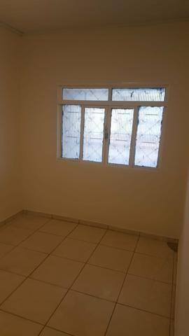 QNP 30 CASA BARATA: 210.000, 00. casa de 3 qtos. escriturada e com habite- se - Foto 2
