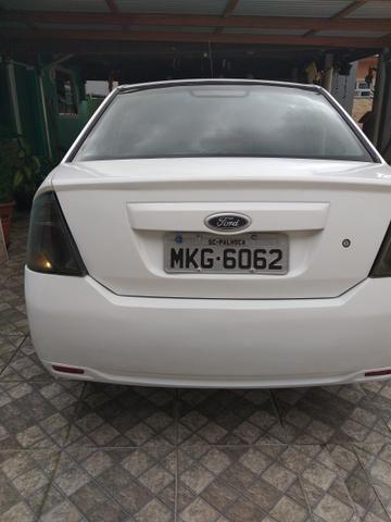 Fiesta sedan 1,6 2012 - Foto 3