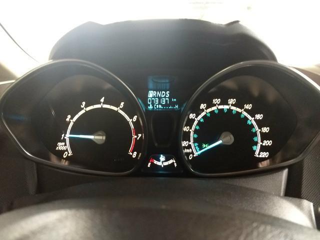 Vendo New Fiesta Titanium 2014 Hatch - Foto 6