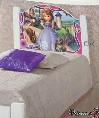 Cama adesivada solteiro infantil nova