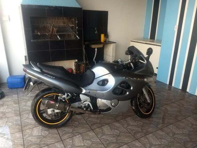 Raridade moto GSX 750 impecável - Foto 2