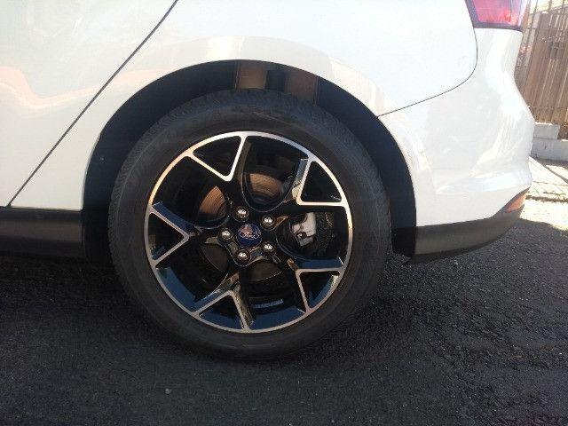Ford Focus Hatch 2.0 Titanium 2014  - Foto 10