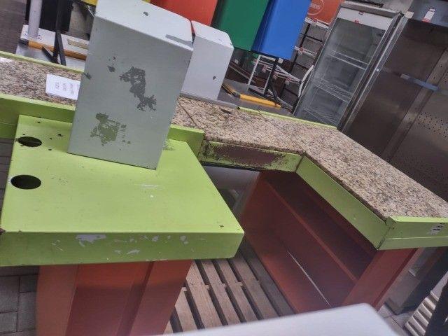 """Checkout Verde/Laranja com Granito 1,90X1,00X0,85A - Usada """"No Estado"""" - Foto 3"""