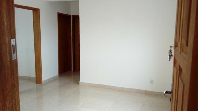 Apto 2 quartos, primeira locação, no centro, direto com proprietário