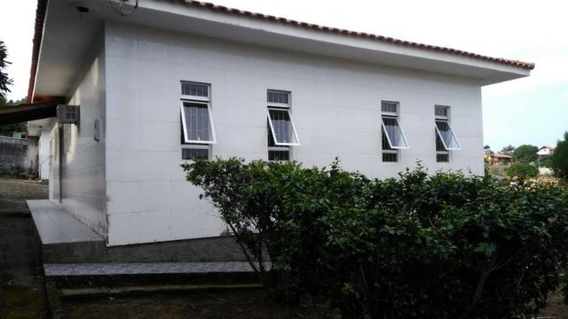 1621 - São 3 casas em terreno de 1260 m² - próxima a Base da Aeronáutica - Sul da Ilha