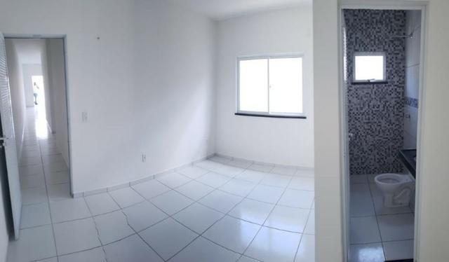 Casa com 3 quartos garagem para 2 carros e Varanda bem espaçosa com Documentação Grátis - Foto 14