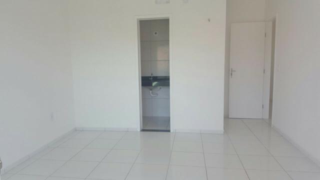 VENDO casa no Eusébio com 123 m² e 4 quartos. Próximo ao colégio Ágape e CE 040 - Foto 9