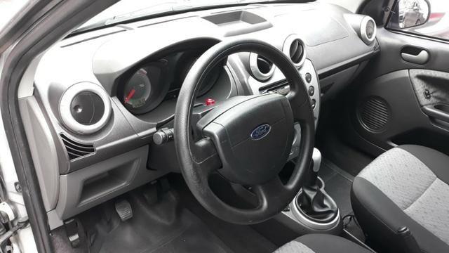 Ford fiesta hatch class motor 1.6 8v flex zetec rocan 4p prata ano 2011 ipva2019pgvist - Foto 8