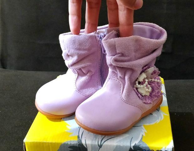 Bota infantil lilás