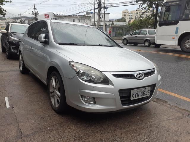 Hyundai i30 2012 com teto solar 29,900