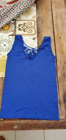 Blusa azul importada