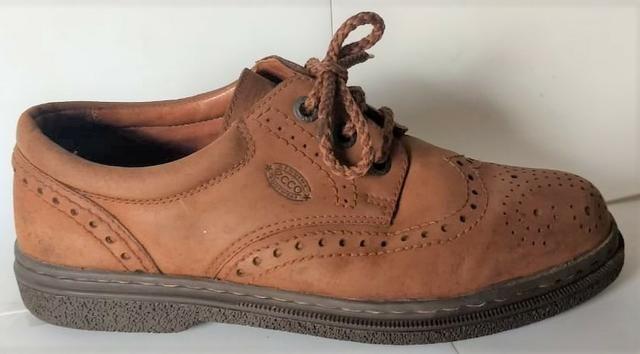 Sapato de Couro Importado | Marca ECCO | 40/41