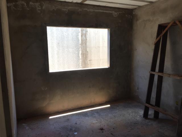 Casa inacabada de 3 qtos na entrada da Arniqueiras quadra 4 - Foto 7
