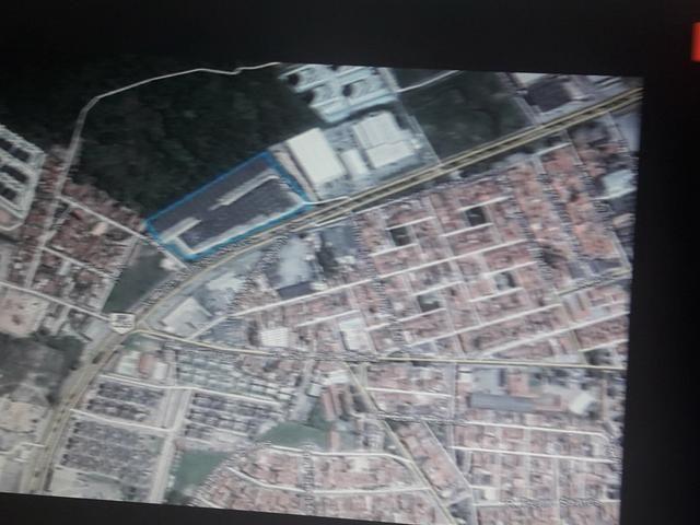 Terreno Comercial 21.863,67 m2 na Av. Tancredo Neves _ Próximo a Rod. Nova - Foto 3