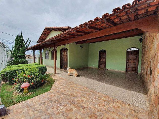Ana Rodrigues linda casa no bairro Sagrada Família