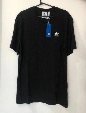 Camisa Essential Adidas Preta