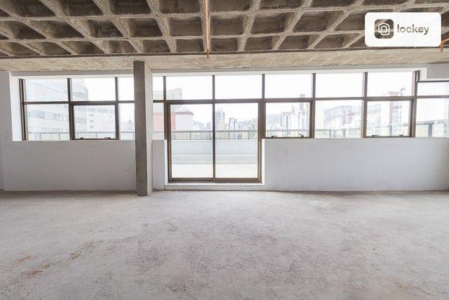 Sala com 132m² - Foto 11