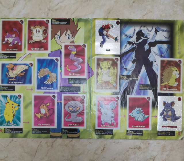 Álbum Pokémon - Temos que pegar Completo - Foto 2