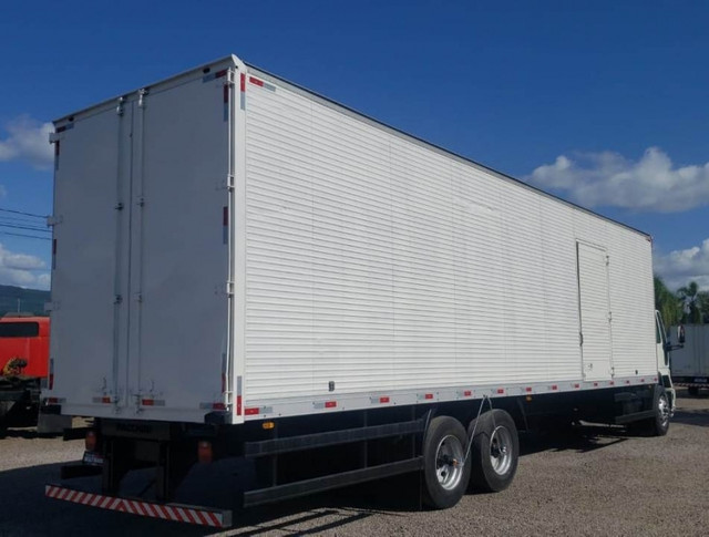 Ford Cargo 1317 - Truck 6x2 Baú de 11m - Foto 6