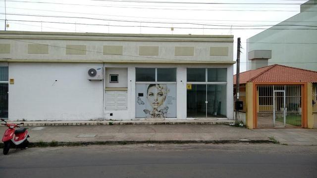Lojas Av. Poty esquina com Dom Luiz Guanella