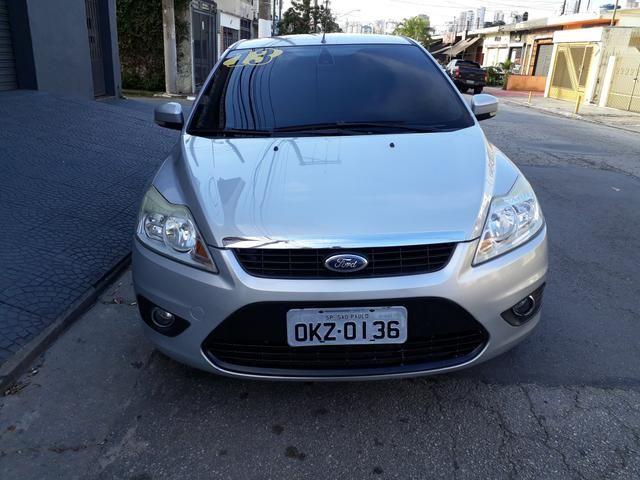 Ford Focus Glx 2.0 flex sem entrada - Foto 2