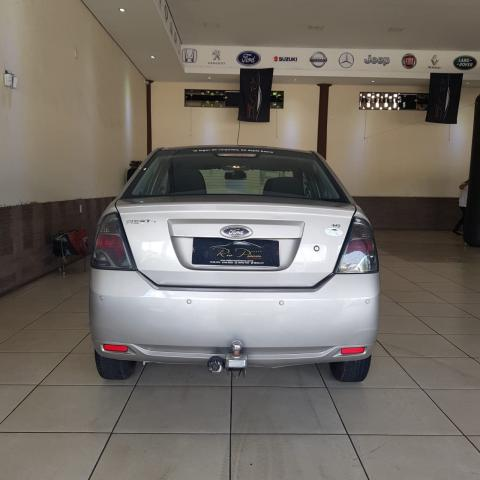 Ford Fiesta Sedan 1.6 12/13 - Troco e Financio! - Foto 6