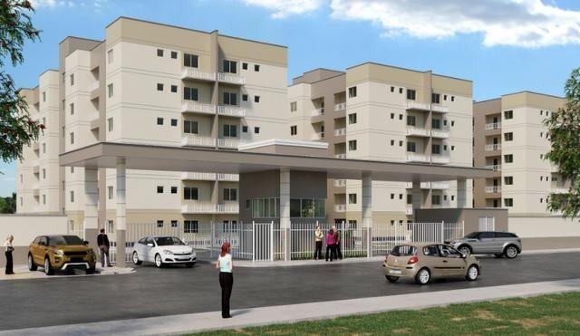Apartamento com 03 quartos na Quitandinha