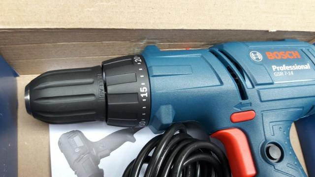 Parafusadeira e Furadeira Bosch Profissional - NOVA - Foto 3