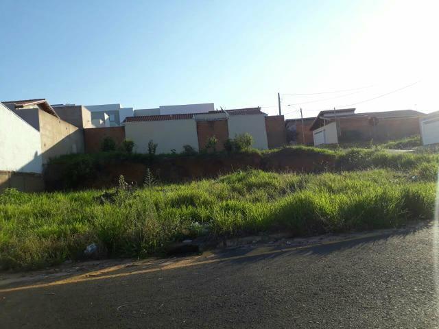 Vende-se excelente terreno no bairro São Jerônimo - Foto 2