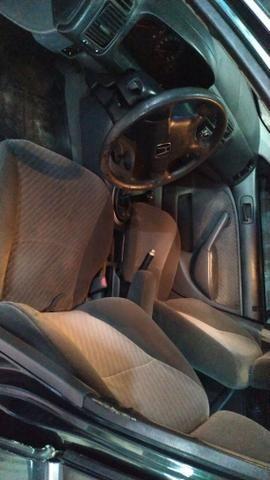 Honda Civic vendo ou troco por carro menor