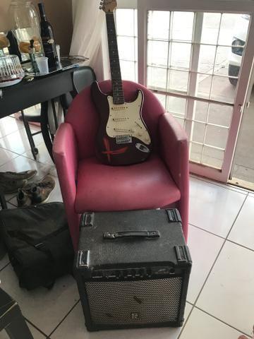 Guitarra (OPORTUNIDADE) - Foto 2