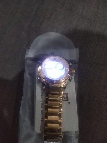 Vende-se  esse relógio dorado - Foto 5