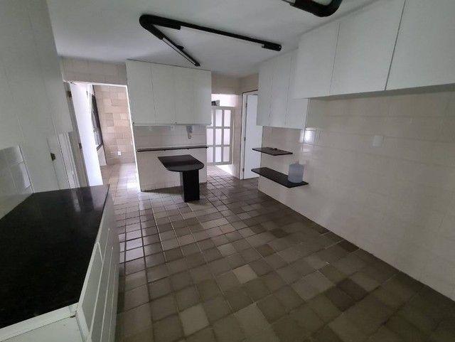 Apartamento para venda tem 248 metros quadrados com 4 quartos em Ponta Verde - Maceió - Al - Foto 11