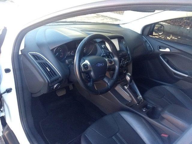 Ford Focus Hatch 2.0 Titanium 2014  - Foto 9