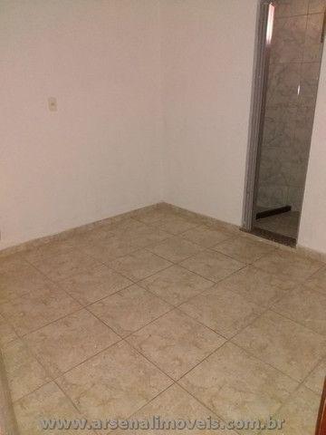 Casa Fora de Condomínio no Arsenal para Alugar com 3 Suítes - Foto 6
