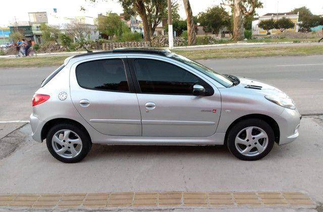 Peugeot 207 1.4 8v Quiksilver - Foto 2